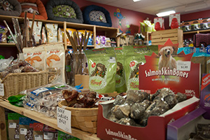 What is a health food store for pets